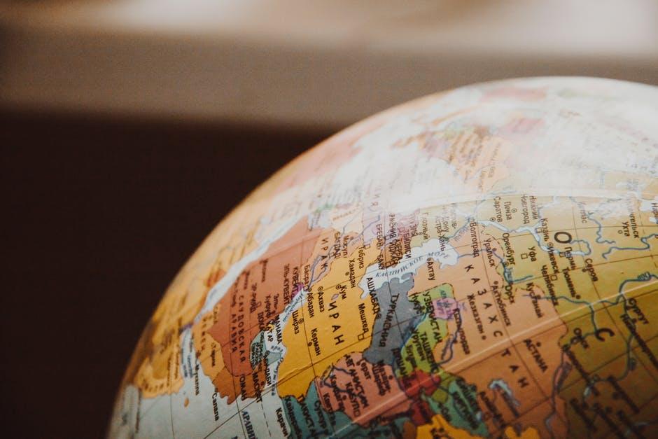 Mercato unico digitale: dal Parlamento europeo il Regolamento che vieta il geoblocking