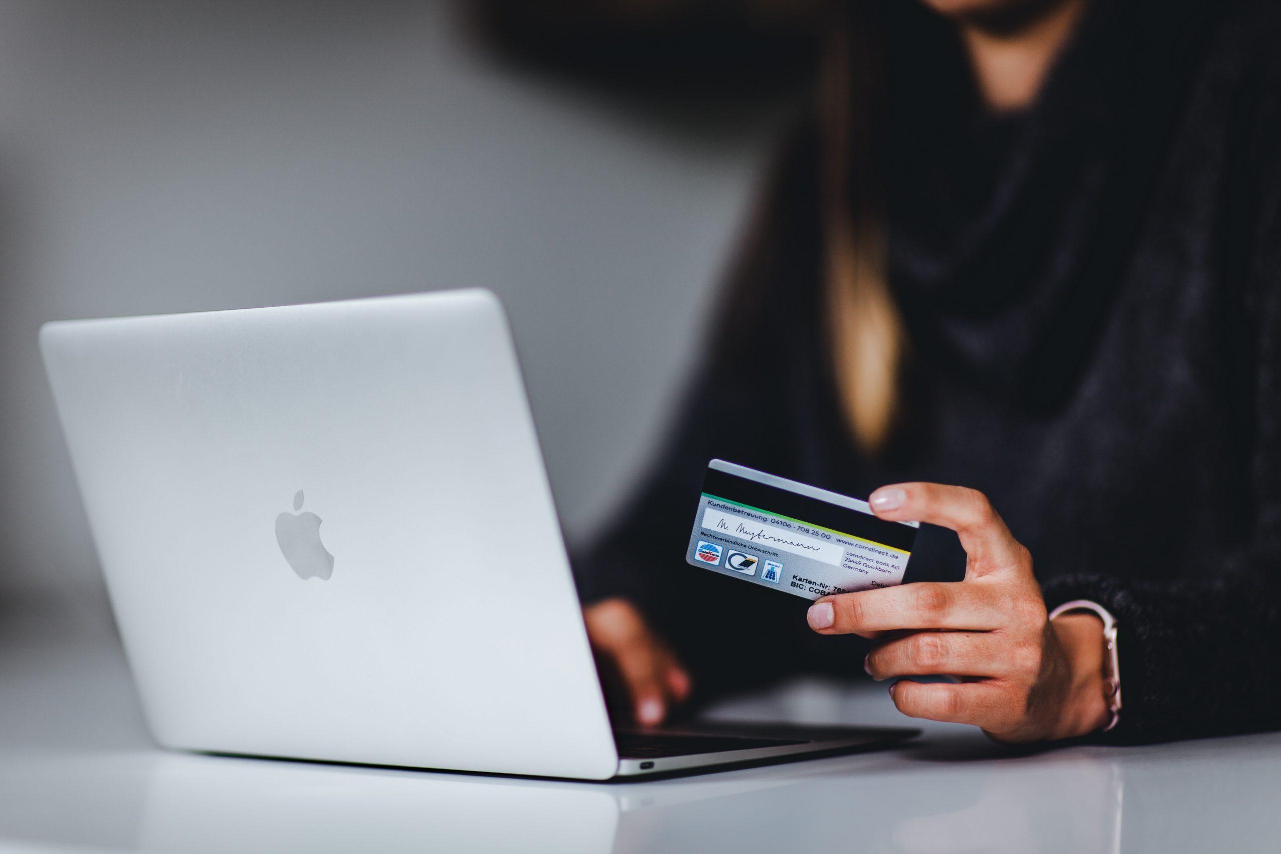 Come acquistare online in modo sicuro e senza truffe